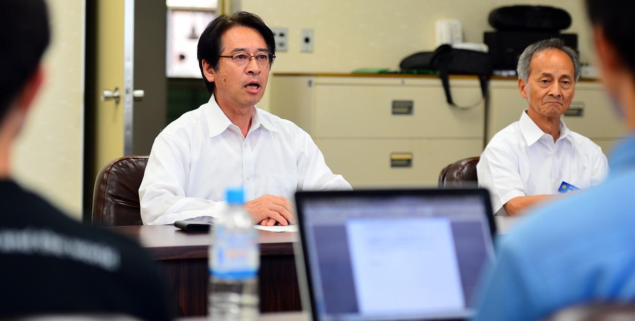 会議に飛び入りで参加された吉田町長(左)と菊池(副町長)